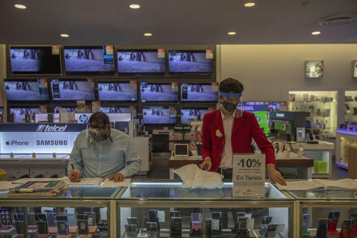 AMLO: El gobierno mexicano apunta a las empresas telefónicas para crear un registro biométrico