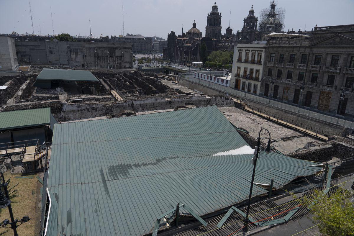 """Casa de las Águilas: Arqueólogos temen los otros techos del alcalde del Templo: """"El que cubre la pirámide está a punto de derrumbarse"""""""