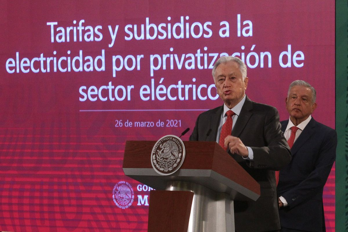 AMLO: Programa energético de López Obrador se hunde en la parálisis legal