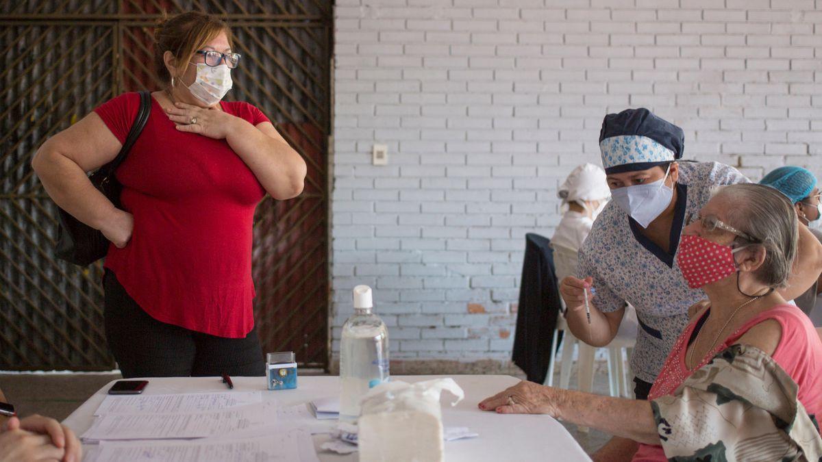 Coronavirus: Más de 500 personas vinculadas al gobierno cruzan la línea de vacunación en Paraguay    Comunidad