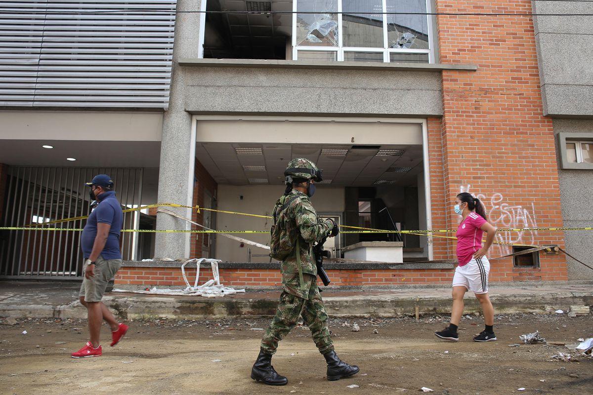El baño de sangre de la represión policial en Colombia  Opinión