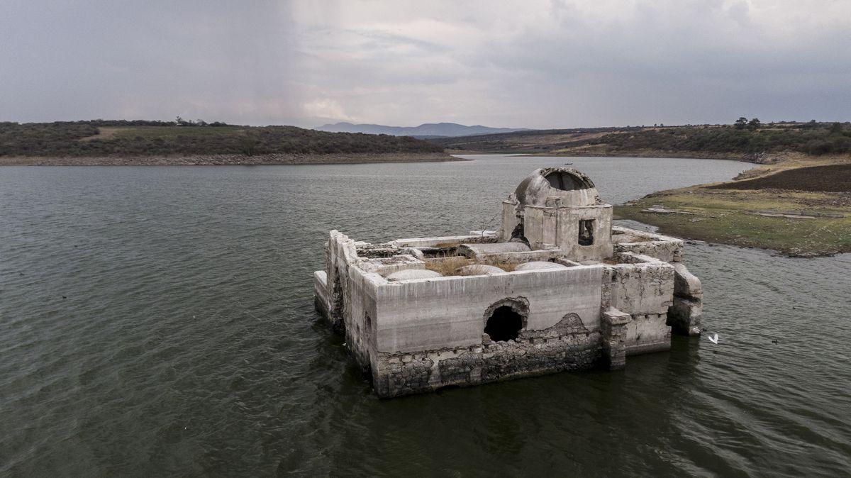 El templo hundido del virreinato, que la tierra devolvió al mundo
