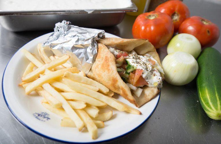 Los Gyros de Athens Pizza, una opción de comida griega saludable en Panamá