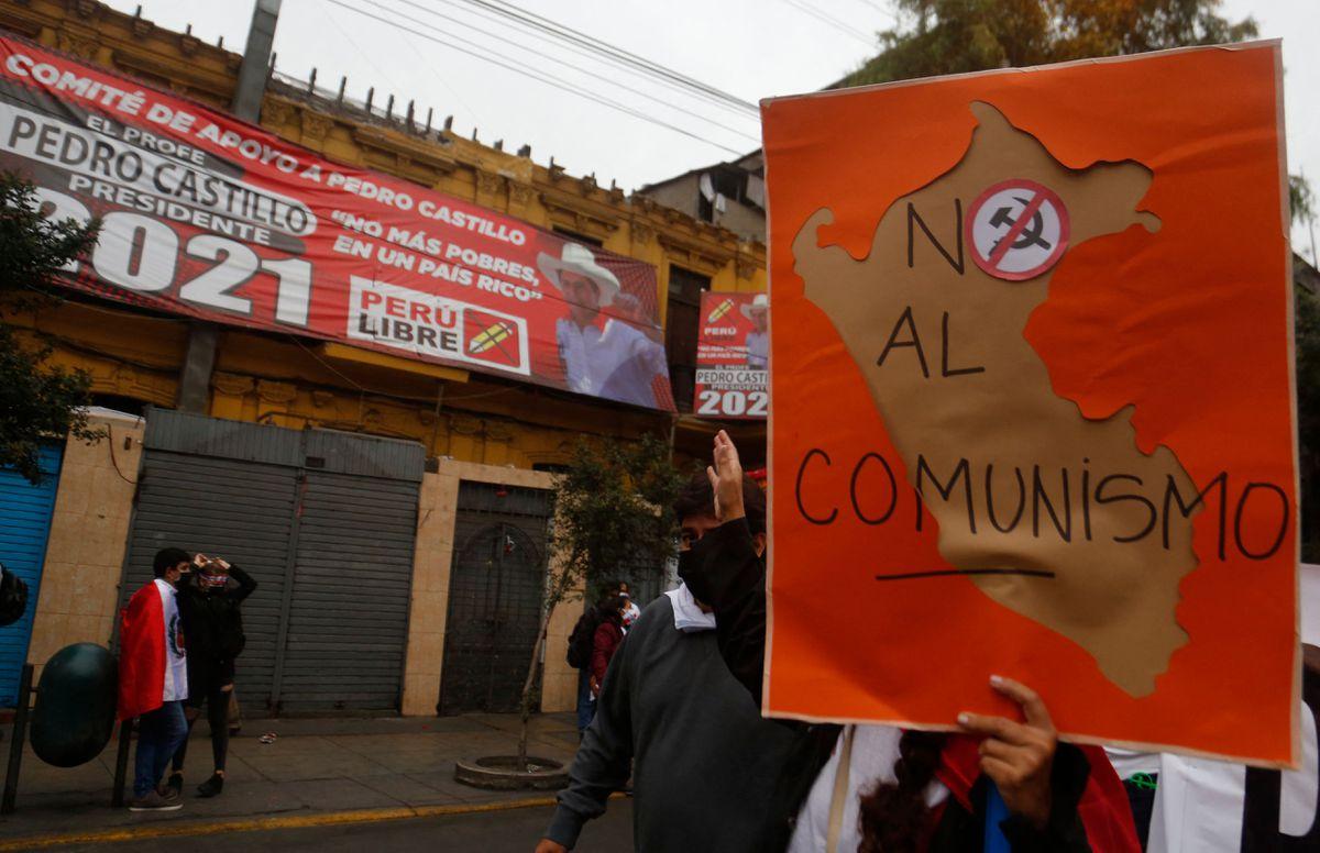 La polarización extrema divide a Perú en una semana de las elecciones presidenciales  Internacional