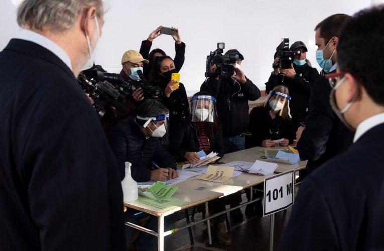 Ley básica: Chile se prepara para elegir redactores de nueva constitución  Internacional