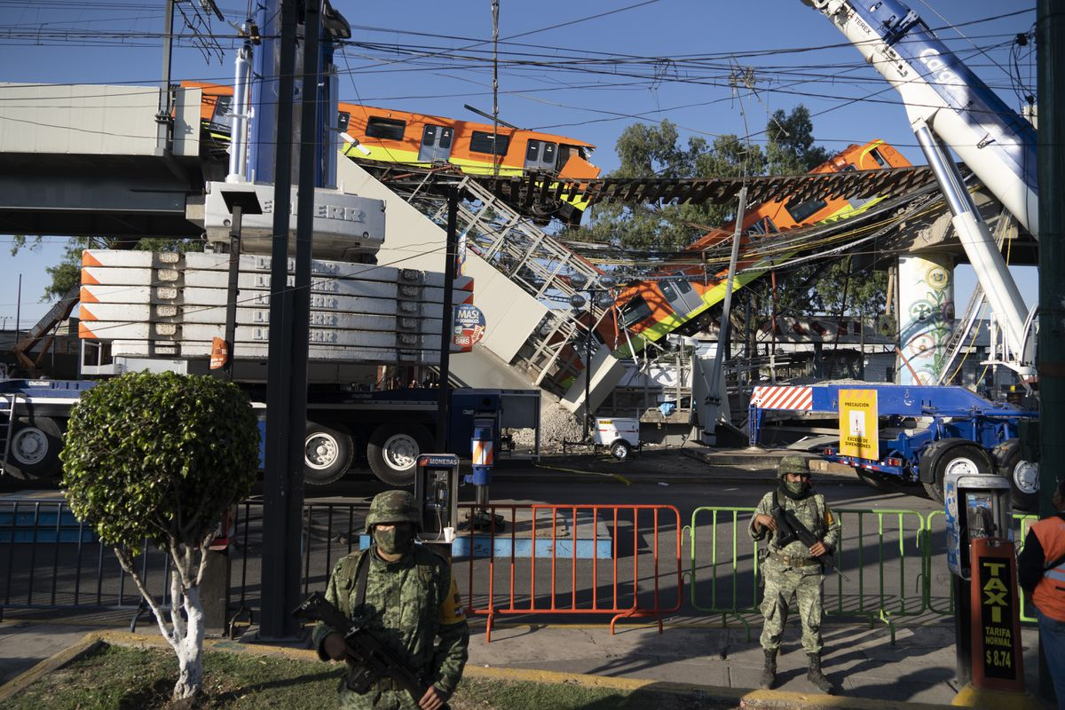 """Línea 12: Deslizamiento de un tramo del metro en la Ciudad de México, en vivo  Scheinbaum: """"El objetivo es llegar al fondo de la investigación y tener a los responsables""""."""