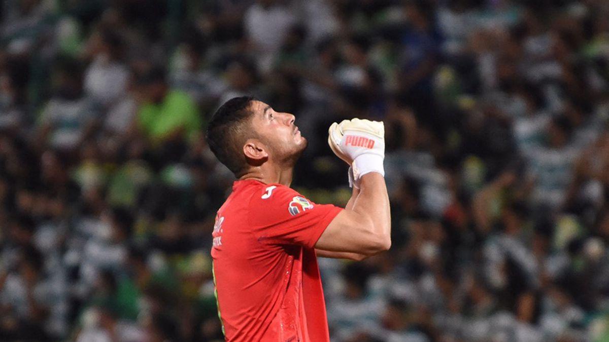 Luis Romo: Cruz Azul sobrevive y se lleva el primer partido de la final de la Liga MX ante el Santos