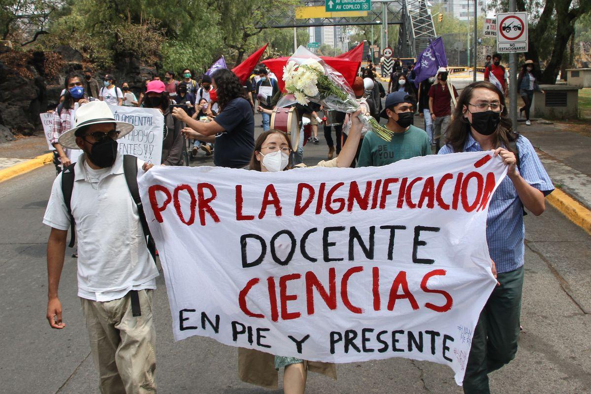 Protesta universitaria: la UNAM se prepara para volver a clases tras la pandemia en medio de cientos de denuncias por deudas docentes    Comunidad