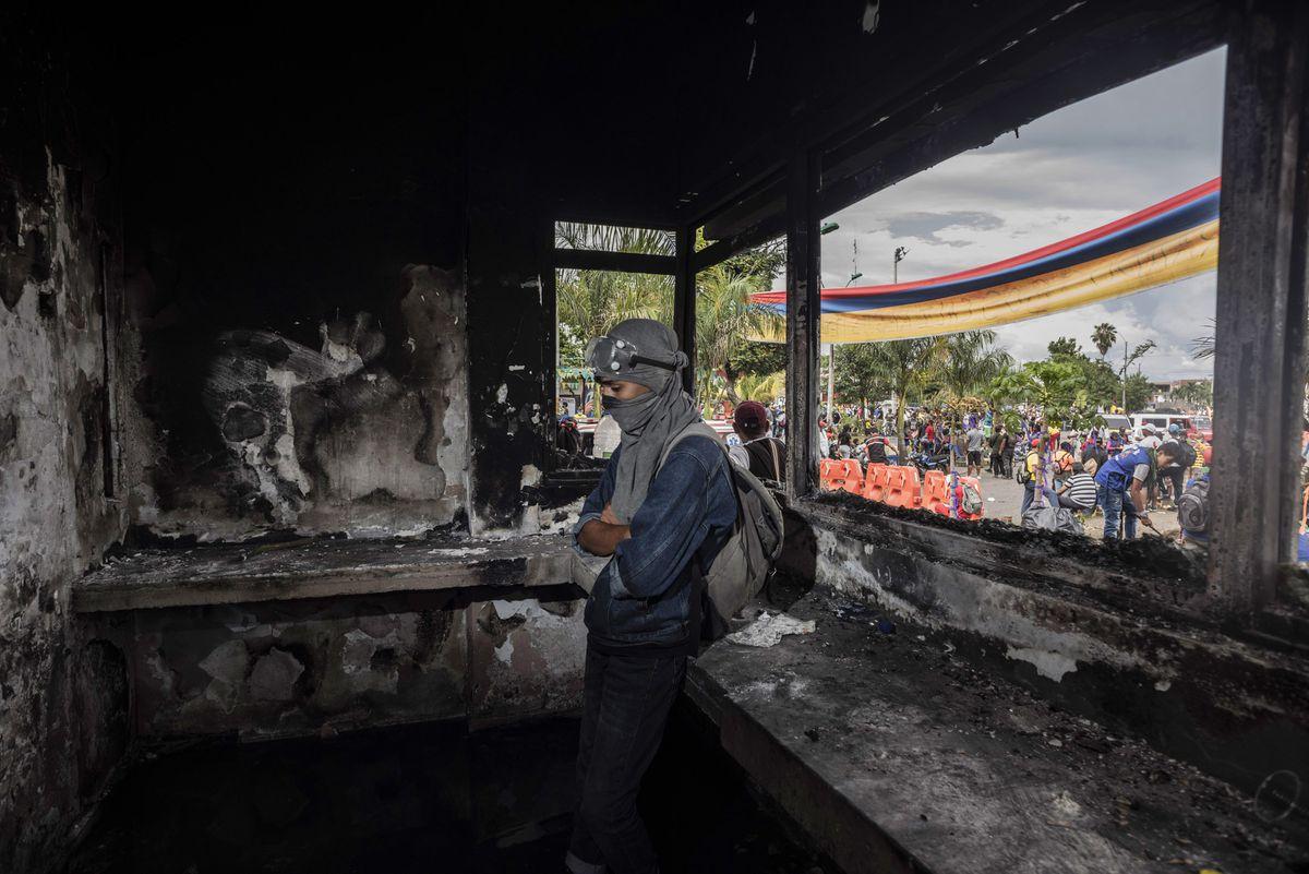 Protestas en Colombia: En la trinchera de Puerto Resistencia, bastión rebelde de Cali    Internacional
