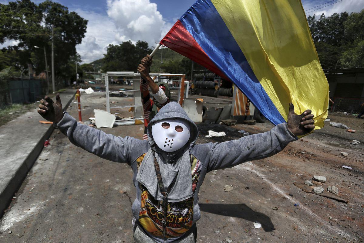 Protestas en Colombia: Lucas Villa y la generación cansada del uribismo  Opinión