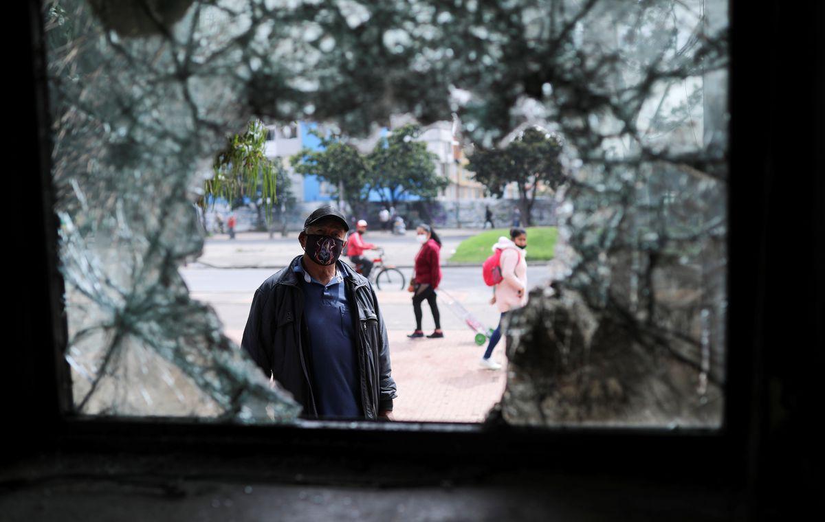Reforma fiscal: Iván Duque se dirige a los manifestantes para detener la violencia en las calles colombianas |  Internacional
