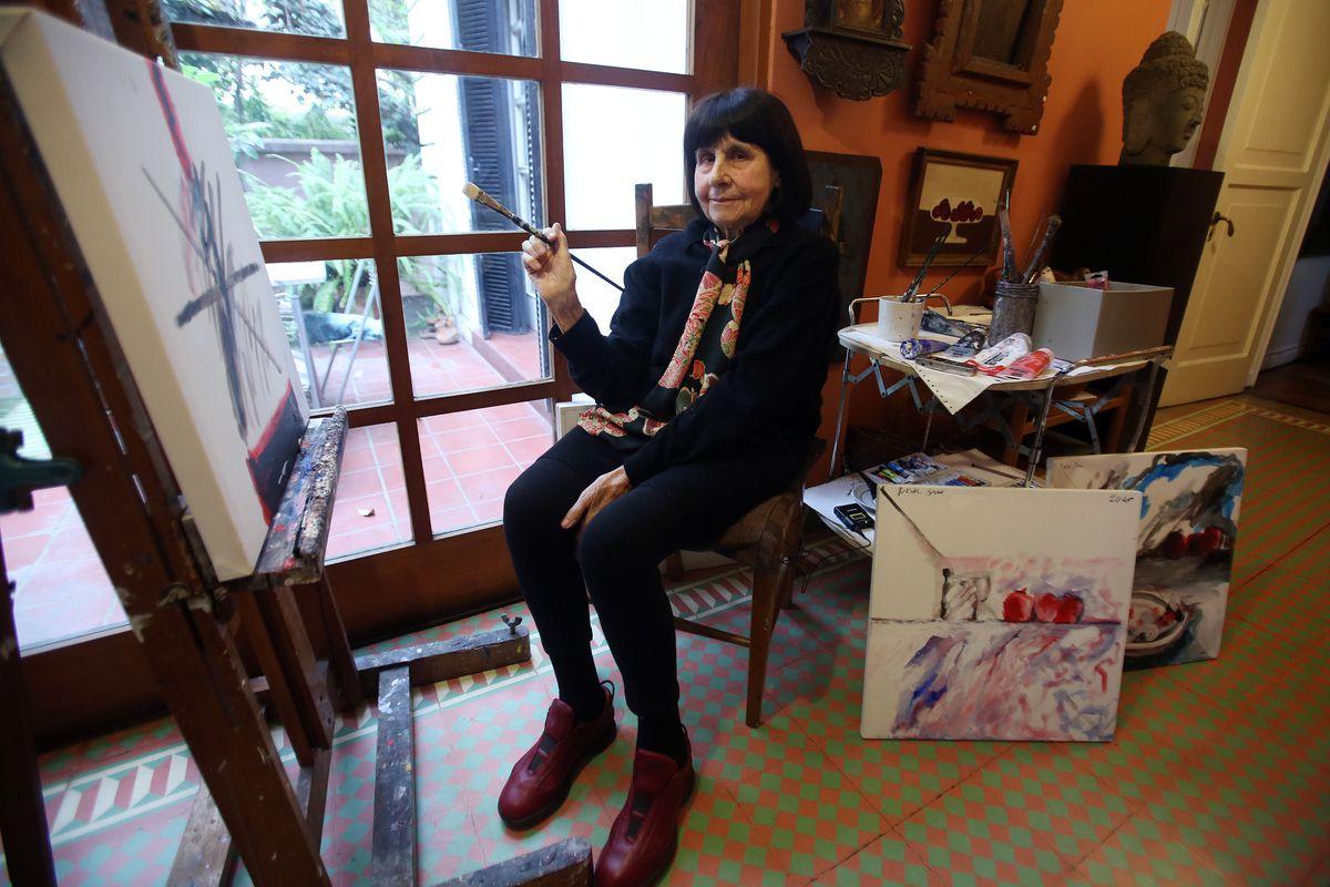 Roser Brue, una adolescente de Winnipeg, pintó Chile  Cultura