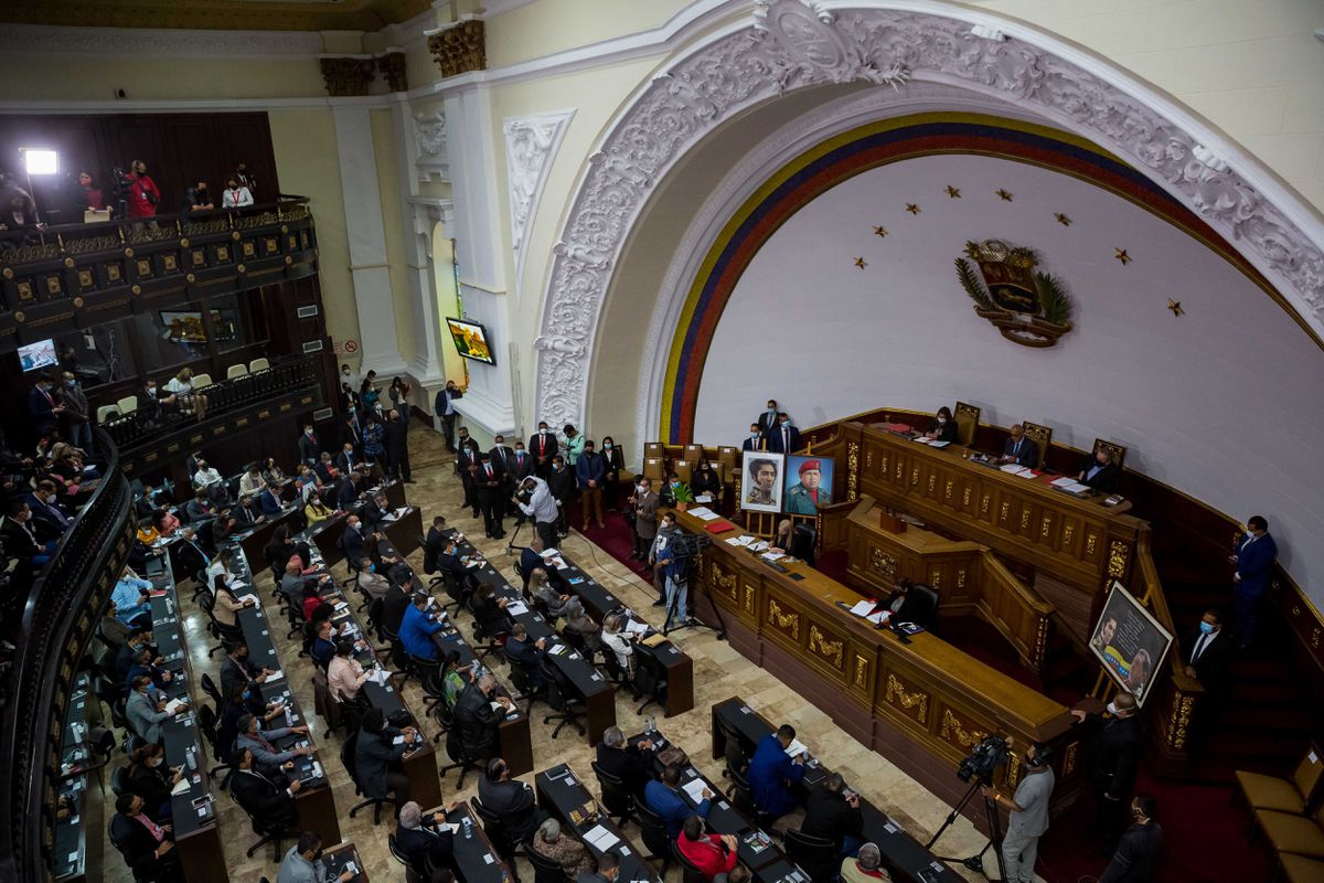 Venezuela: la democracia se construye solo sobre la democracia  Opinión