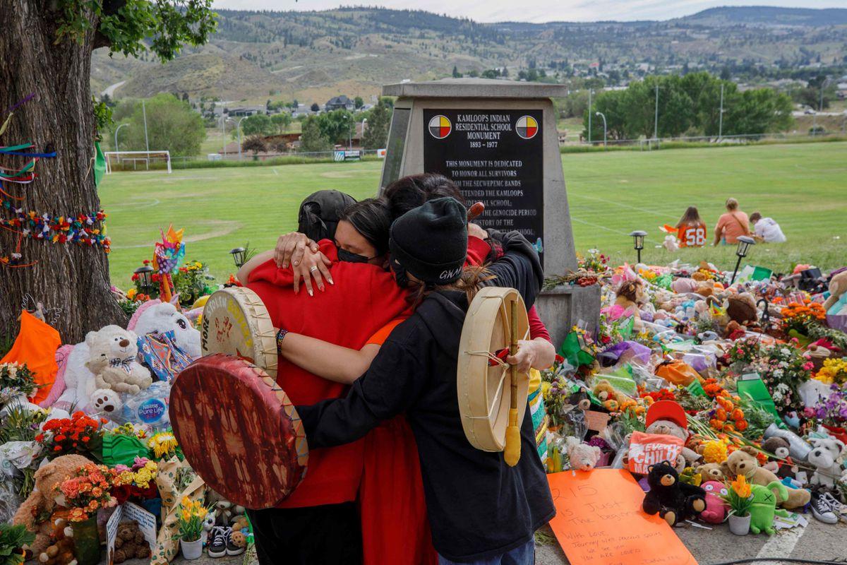 751 tumbas no identificadas encontradas en Canadá en el territorio de un antiguo internado para menores |  Internacional