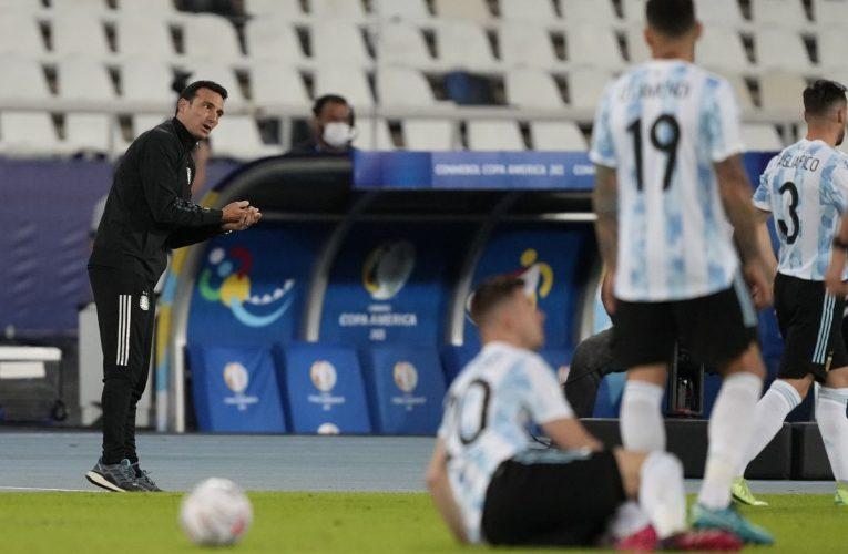 Copa América: Nada cambia en Argentina: Scaloni sigue cambiando  Copa de fútbol americano 2021