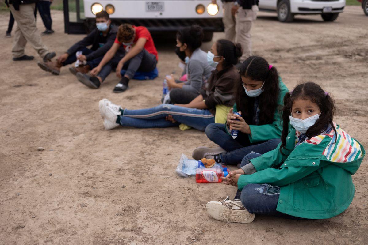 Crisis migratoria: Biden amplía programa para reunir a menores centroamericanos con sus padres en Estados Unidos    Internacional