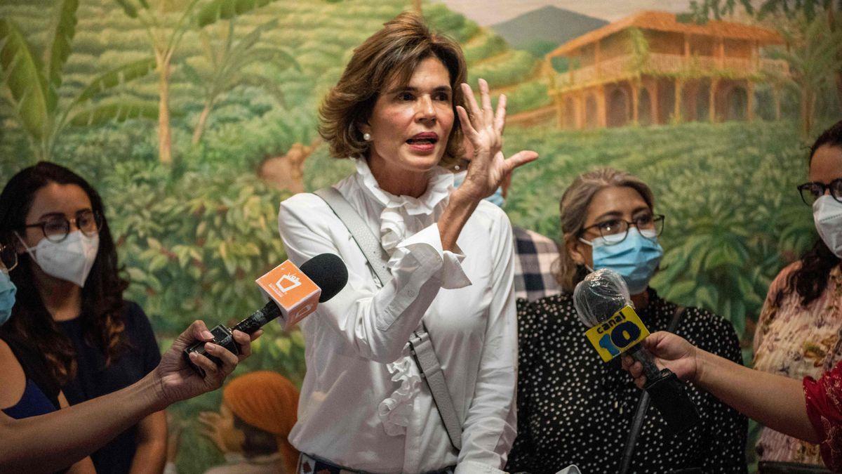 El régimen de Ortega bloquea la candidatura opositora de Christian Camorro  Internacional