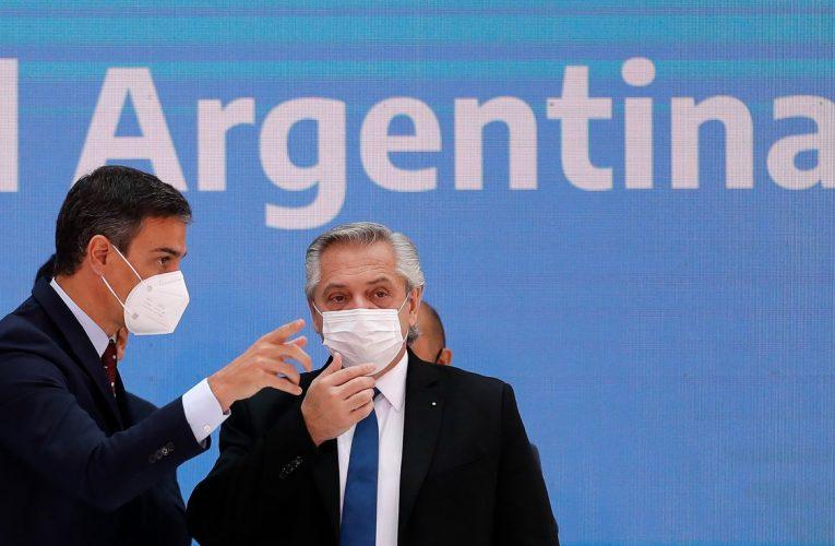 Enrico Gonzalez: Identidad Nacional  Ideas