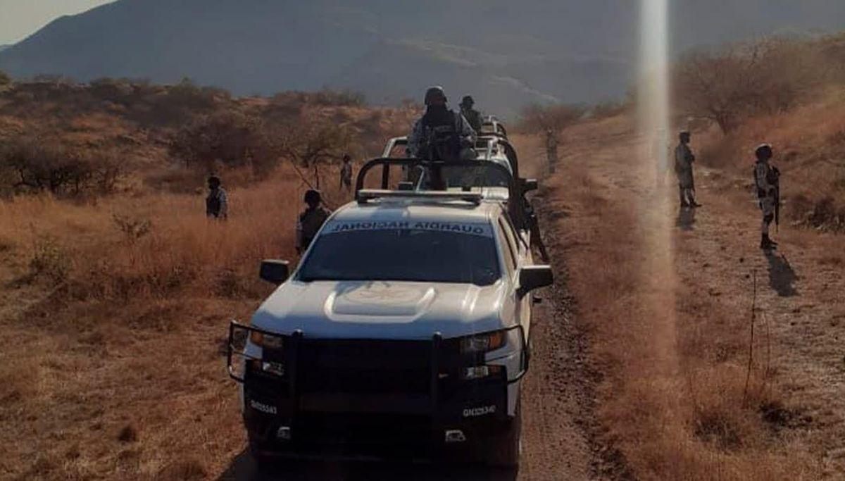 Familia Michoacana: Disparos contra narcotraficantes: Pueblo de Guerrero se opone a balazos al asedio del crimen organizado