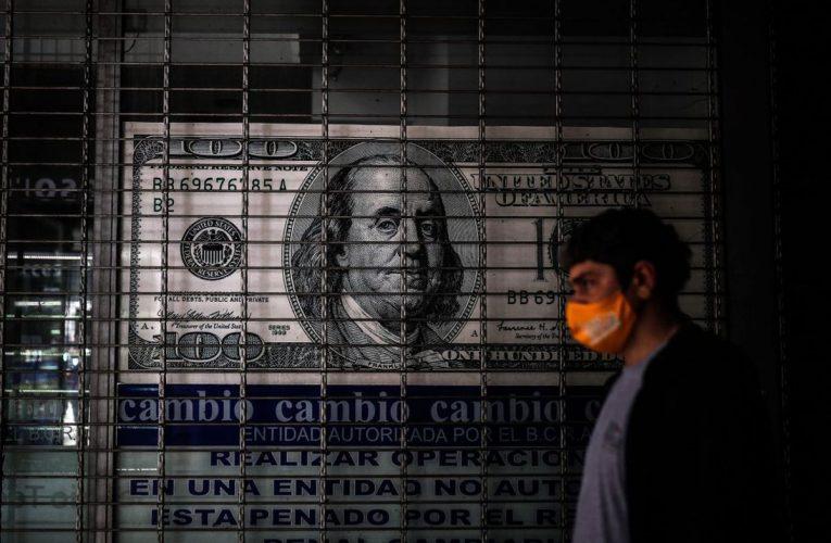 Inflación en Argentina: peso argentino, caramelos «Mini»  Ciencias económicas