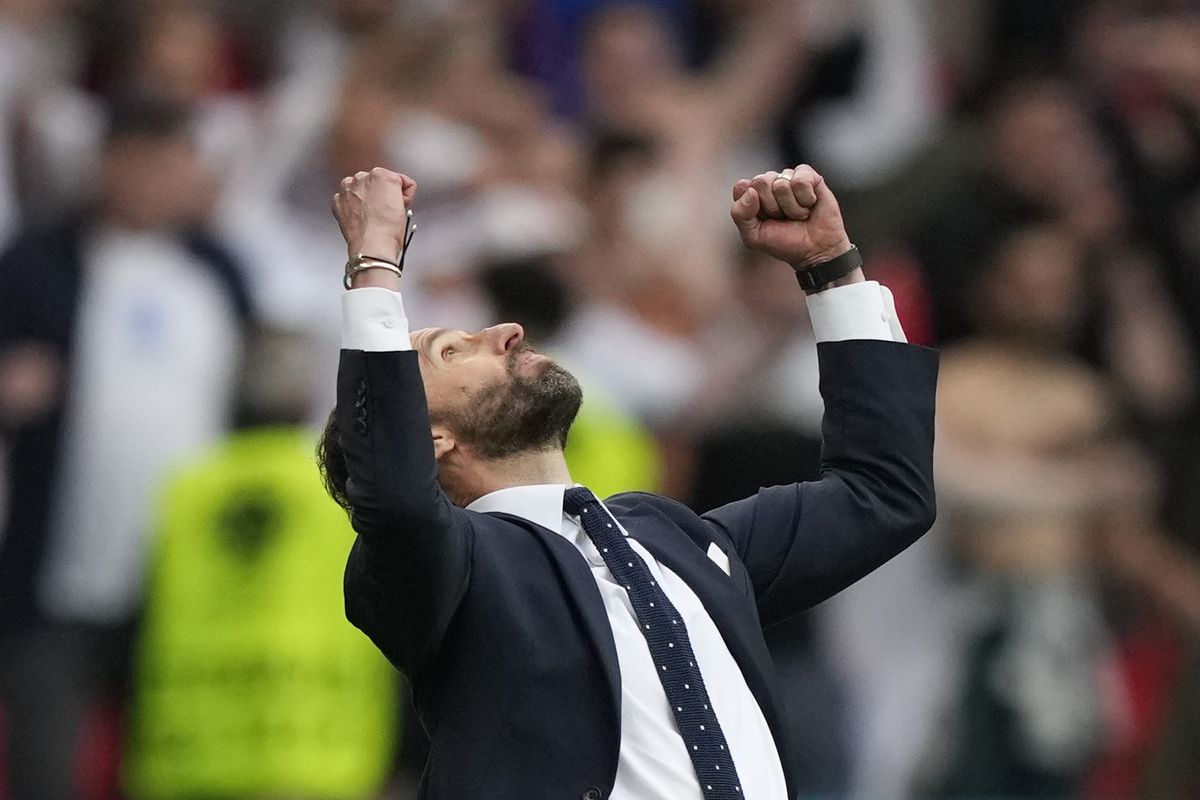 Juegos inteligentes de Gareth Southgate  Fútbol Eurocup 2021