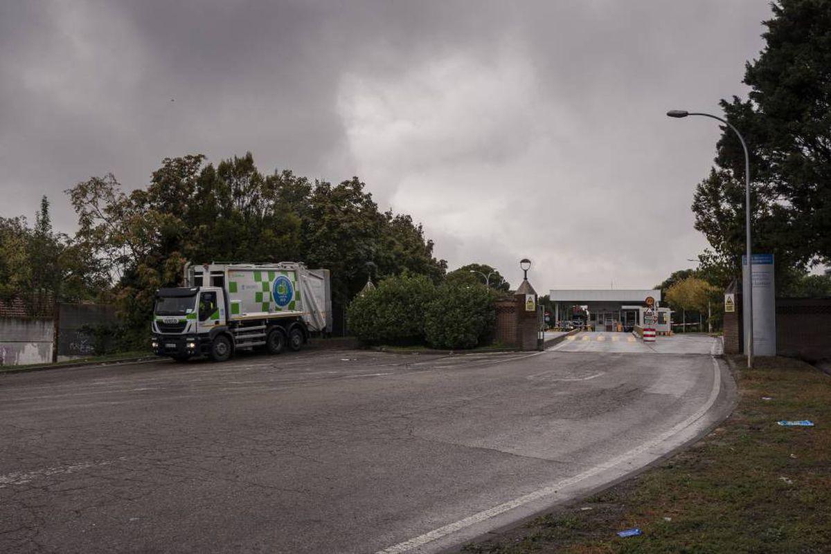 Justicia declara 'ilegal' el traslado masivo de toneladas de basura desde Madrid a Valdemingomez |  Madrid