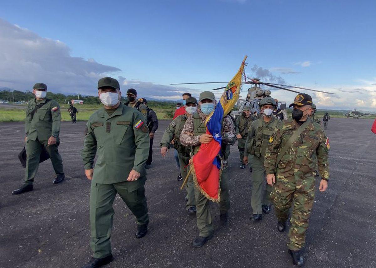Liberados octavos soldados venezolanos secuestrados por disidentes de las FARC  Internacional