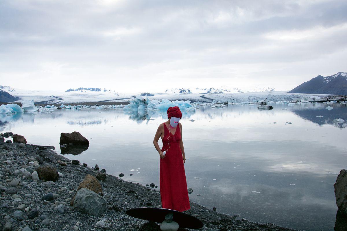 Lisa Ambrosio, un paseo por la naturaleza  Babel