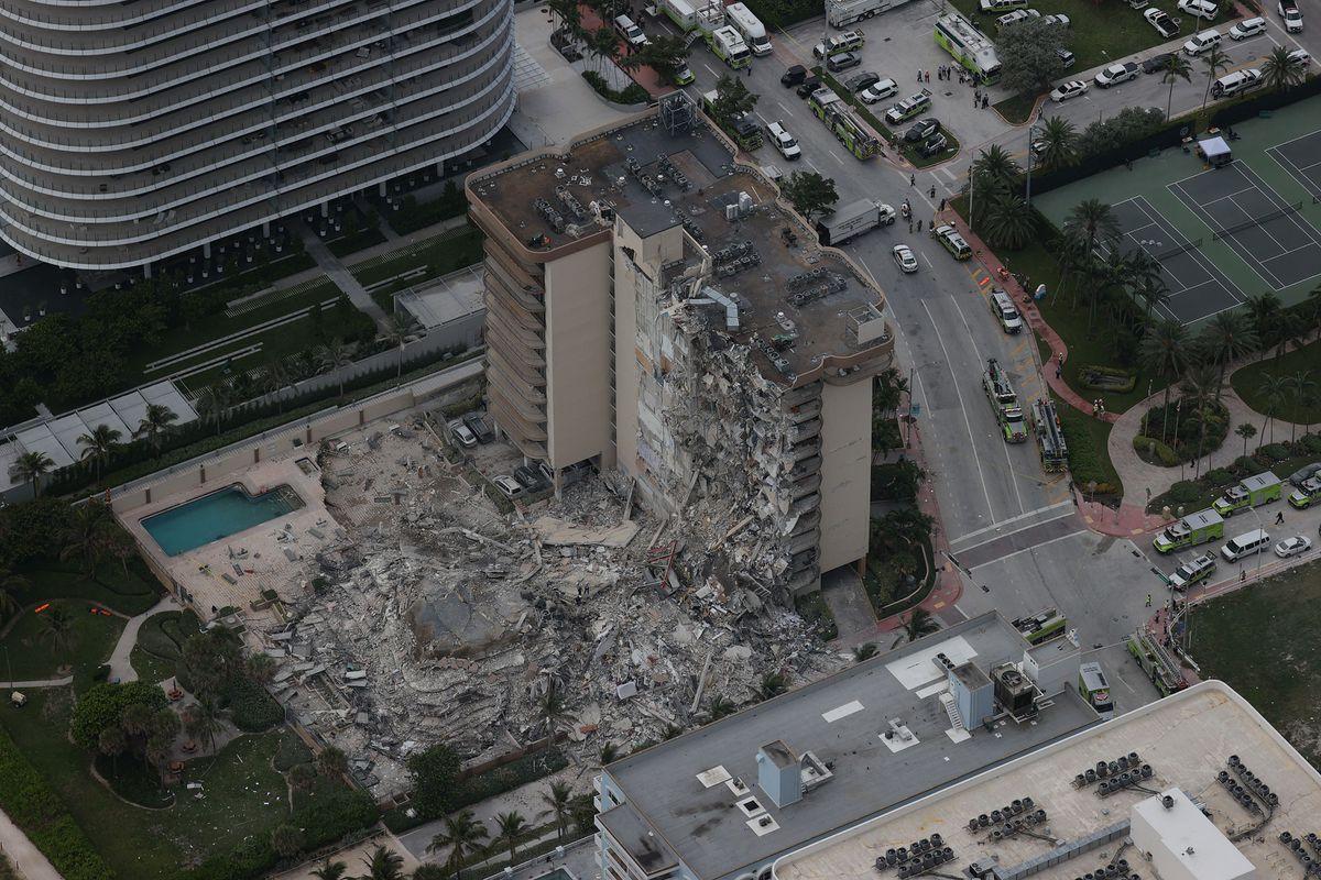 Miami lanza una importante operación de rescate después del colapso de un edificio de apartamentos  Internacional