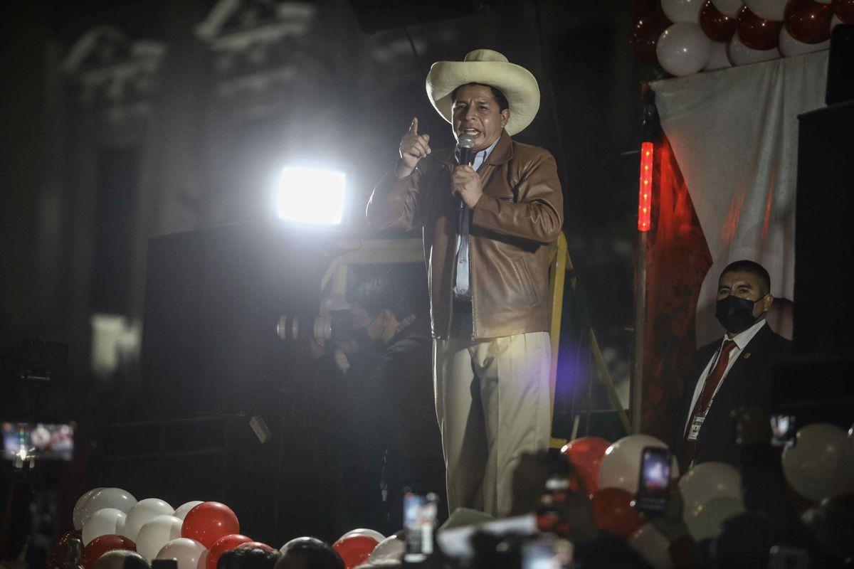 Pedro Castillo busca calmar los mercados pidiendo al presidente del Banco Central de Perú que permanezca en el cargo |  Internacional
