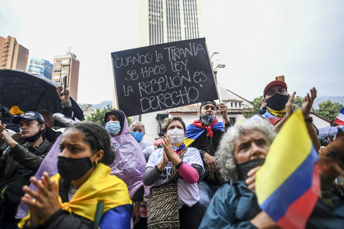 Protestas colombianas: un mundo paralelo de riesgos  Opinión
