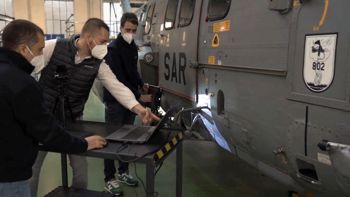Sicnova: la tecnología 3D cae en los aviones militares  Negocio