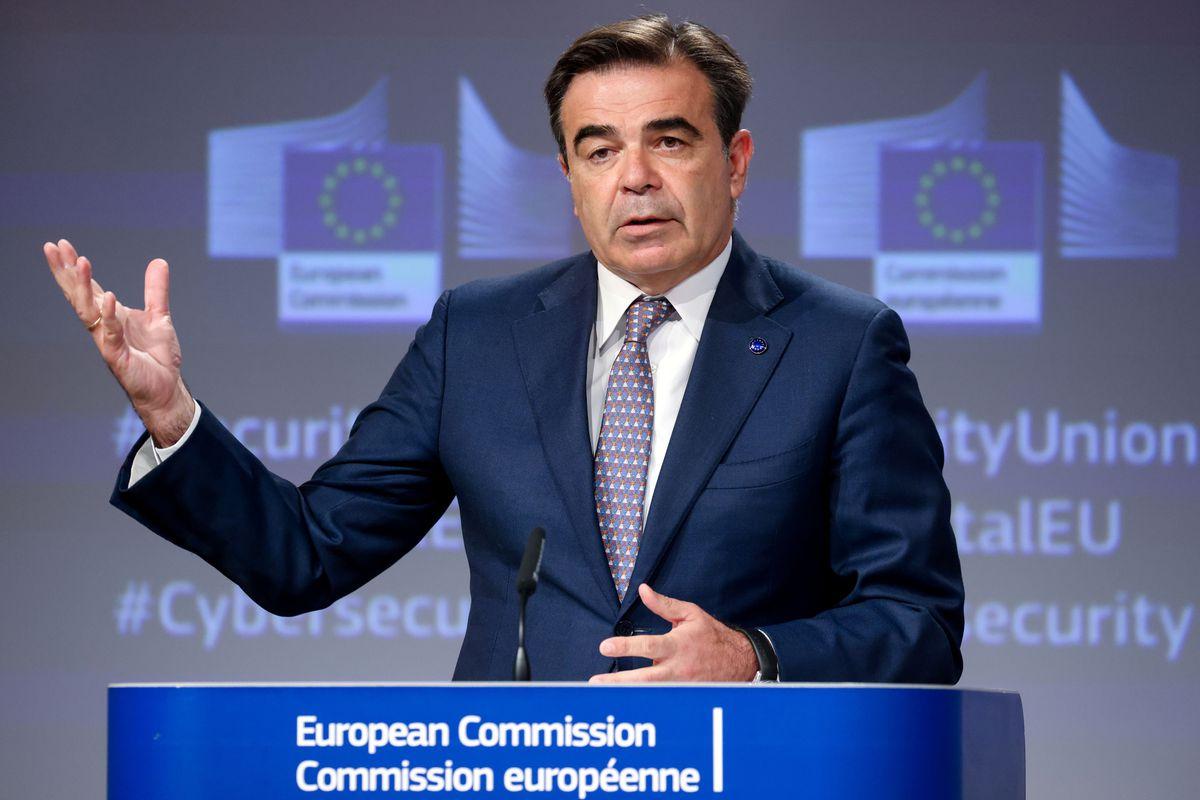 UE: Bruselas lanza una estrategia de rearme contra los ciberataques  Internacional