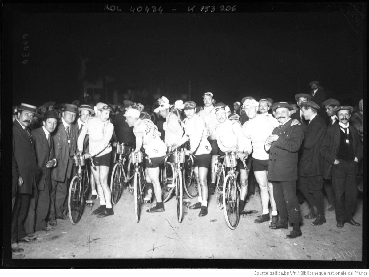 299 horas de pedaleo  deporte