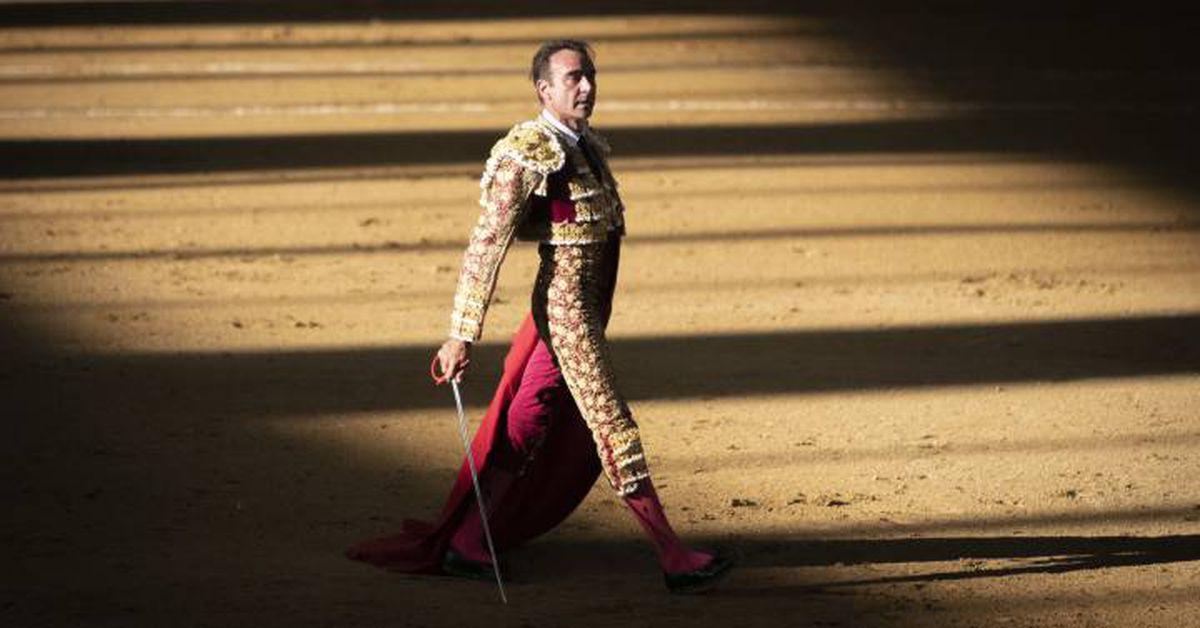 Adiós a Enrique Ponce, una decisión inesperada, tardía e inteligente  El toro, a los cuernos