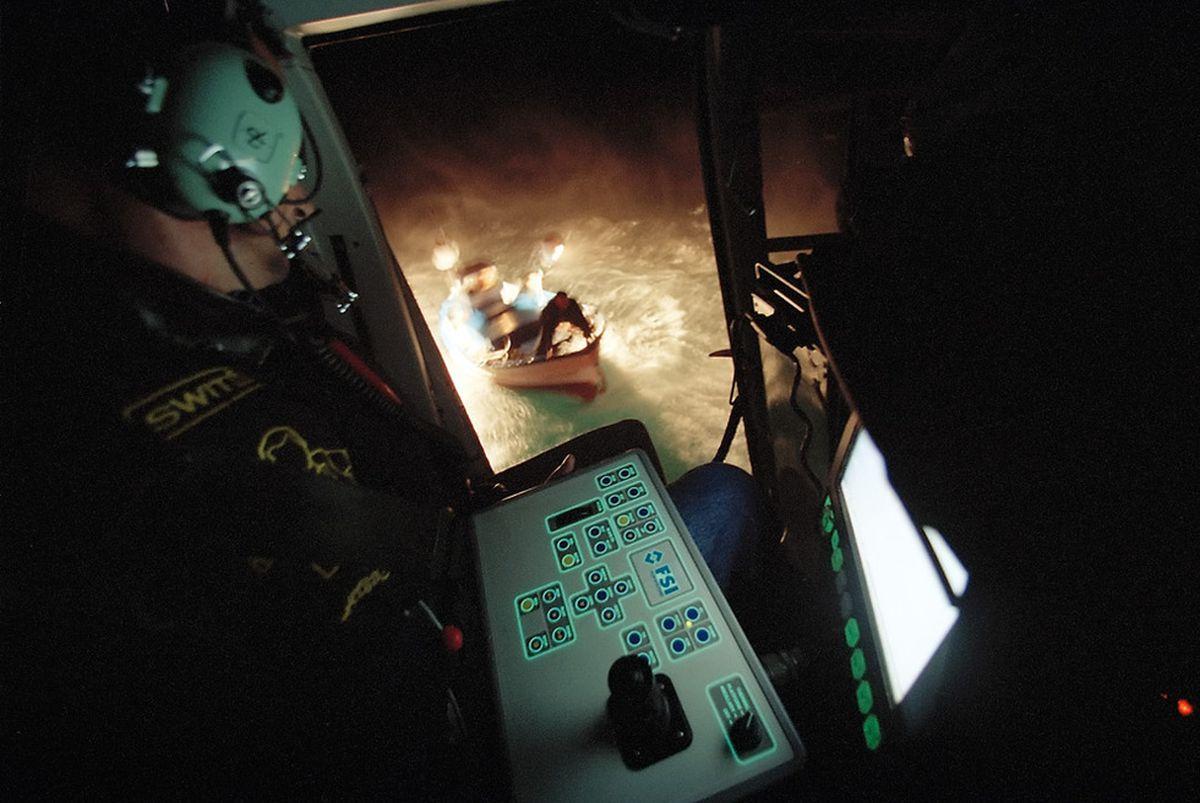 Aduana muere tras arrojar su helicóptero al mar, persiguiendo a narcotraficantes    España