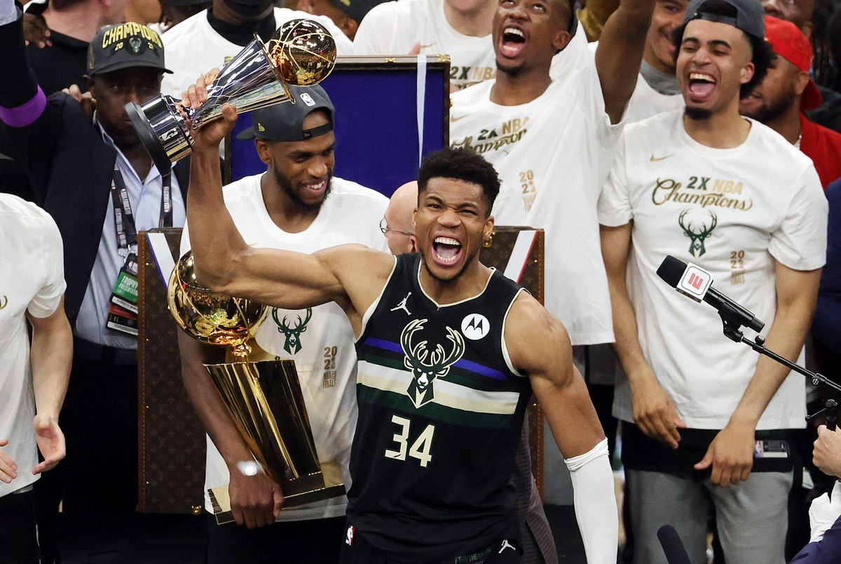 Antetokounmpo emula a Jordan y corona al campeón de la NBA Milwaukee Bucks |  deporte
