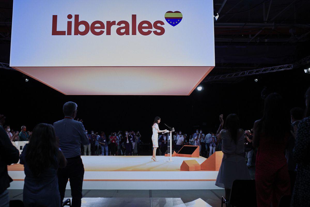 Arimadas no se rindió al PP y lo encomendó todo al liberalismo  España