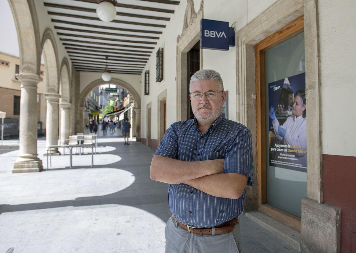BBVA: Carteros que han trabajado en la banca durante 30 años pero no han dejado de ser funcionarios    Ciencias económicas