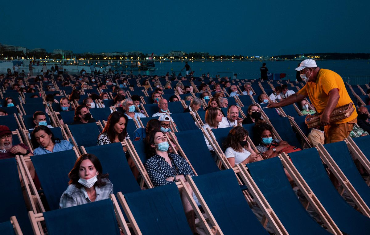 Cannes lucha con la relajación en la quinta ola de la pandemia  Cultura