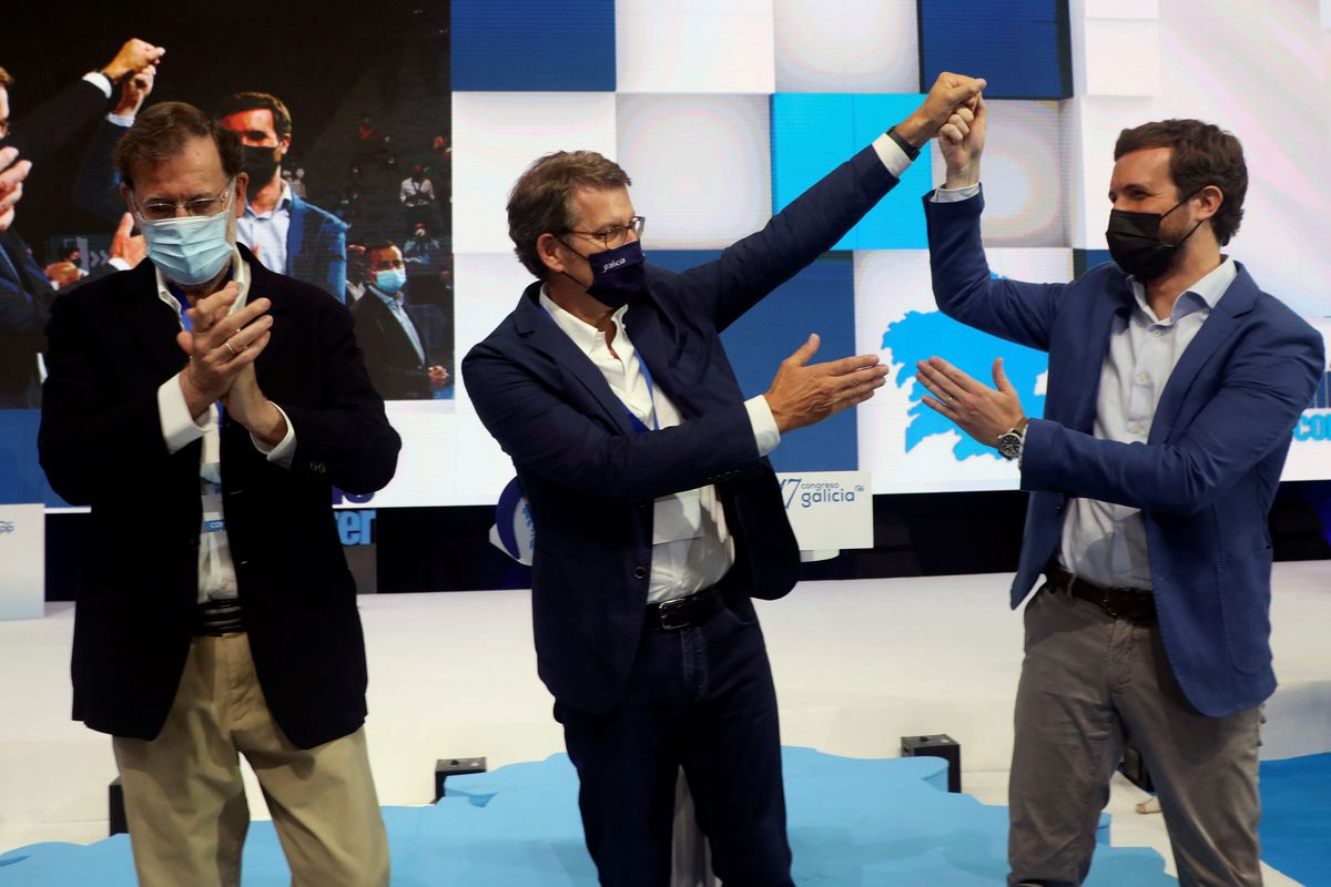 Casado y Rajoy apoyan a Feijóo en su reelección al frente del PP gallego con el 98,3% de los votos |  España