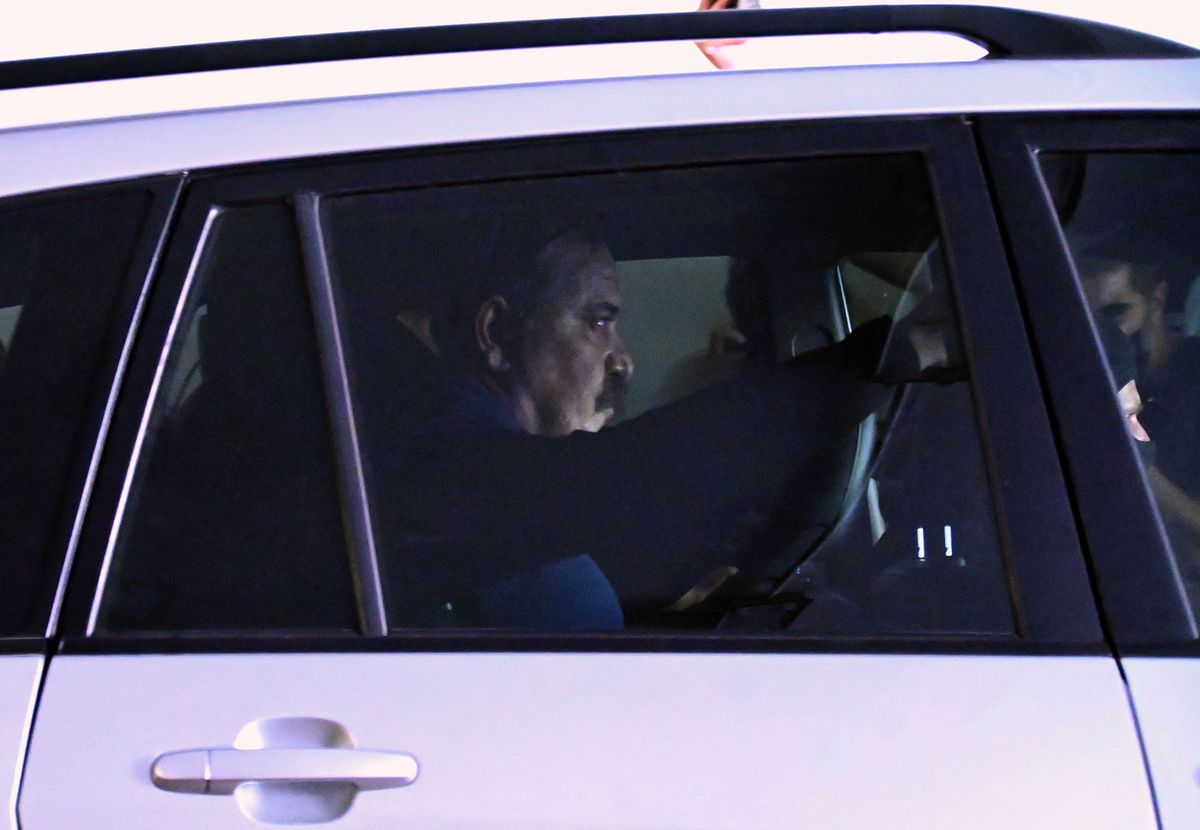 """Christos Papas: """"Número Dos"""" del partido neonazi """"Aurora Dorada"""" va a prisión con máxima seguridad tras nueve meses de búsqueda y captura    Internacional"""
