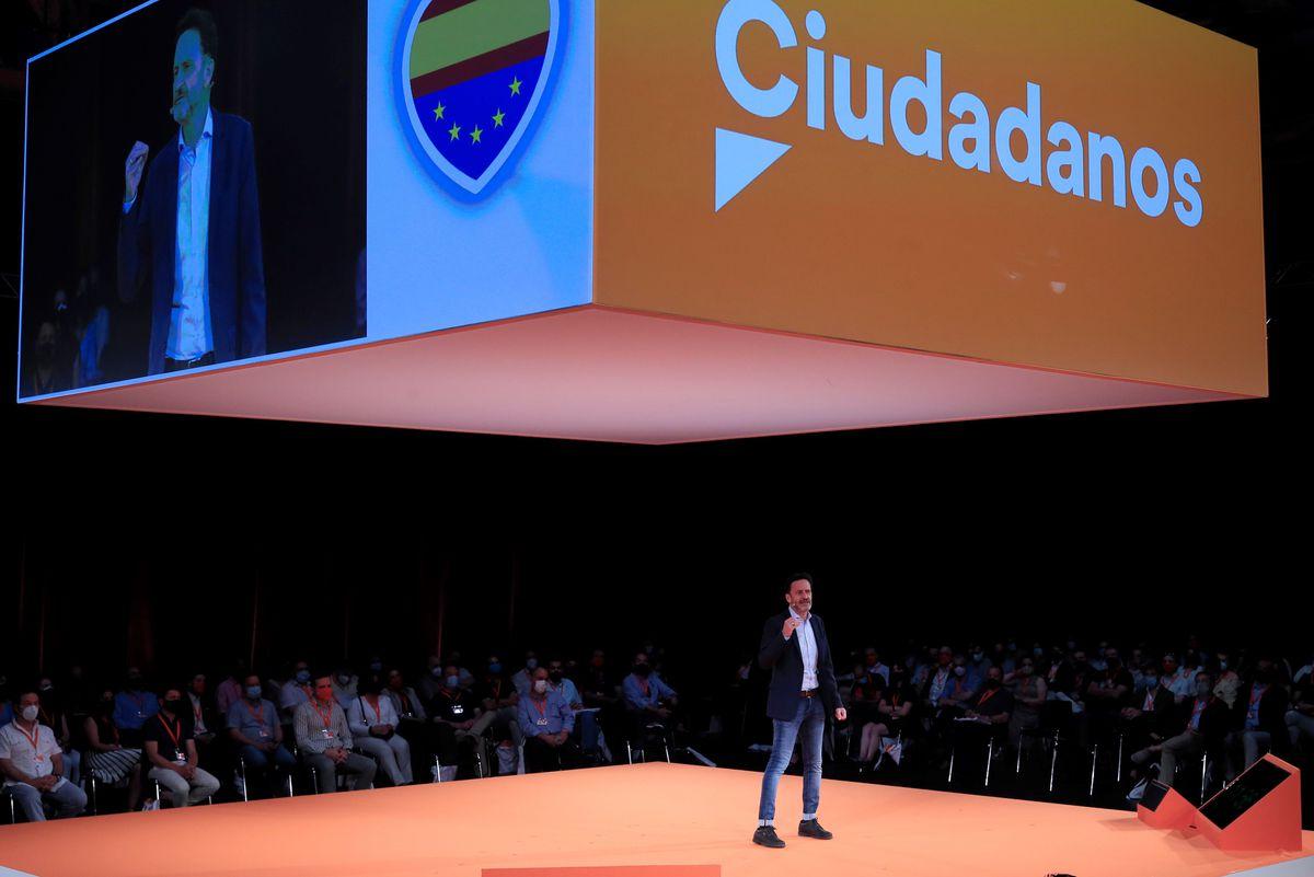 Ciudadanos celebra en su convención que sigue vivo y cierra la puerta para fusionarse con el PP |  España