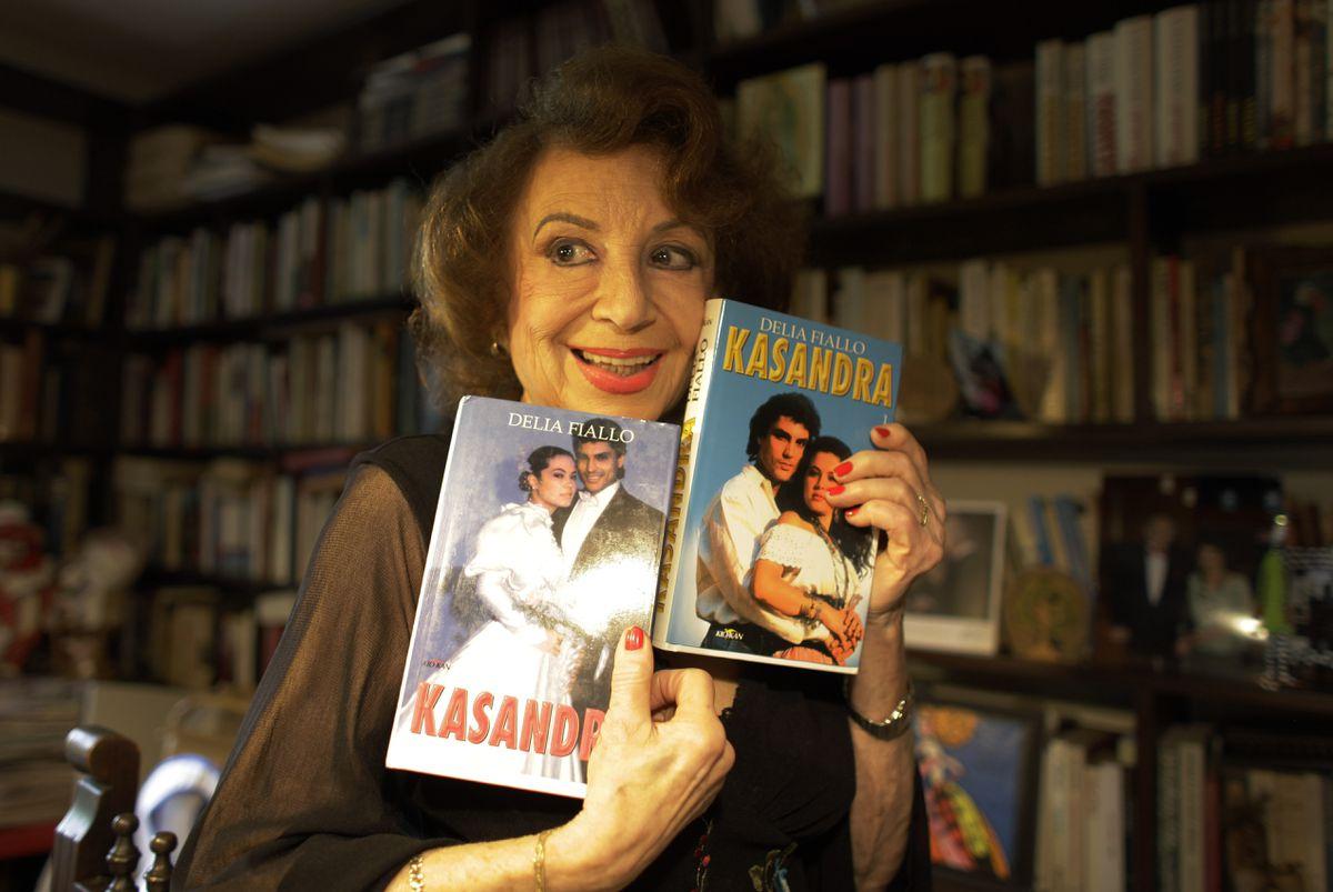 Delia Fialo, la gran pluma de la telenovela  televisor