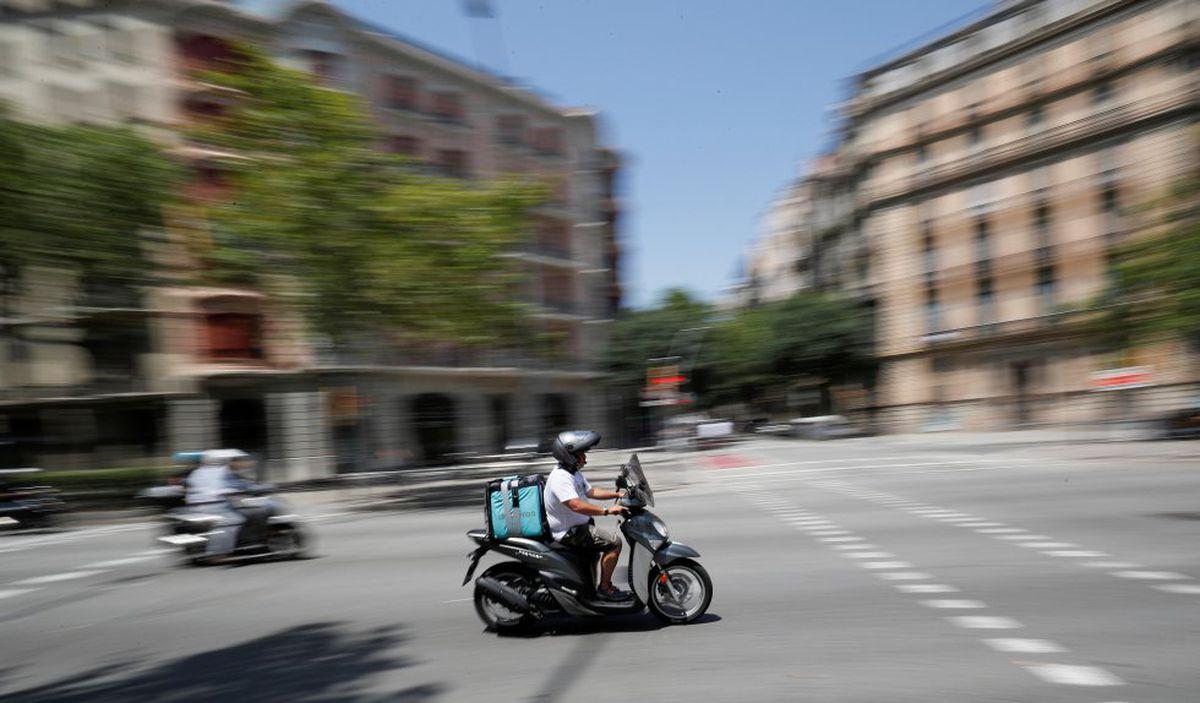 Deliveroo pretende cerrar su unidad española  Ciencias económicas