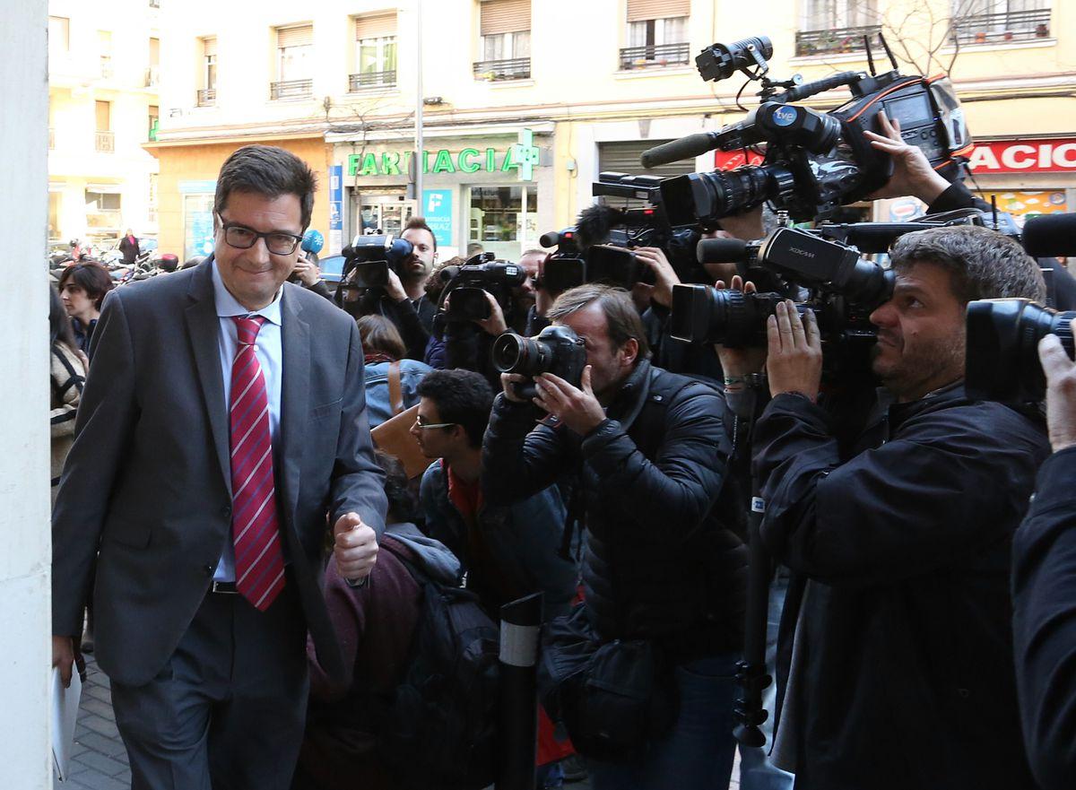 El PSOE afronta una renovación tan profunda como la del gobierno  España