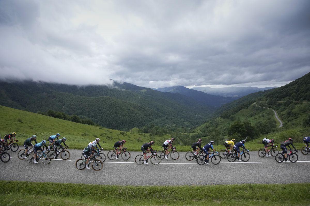 El campeón de Austria aprovecha la indiferencia de los grandes en el Tour de Francia  deporte