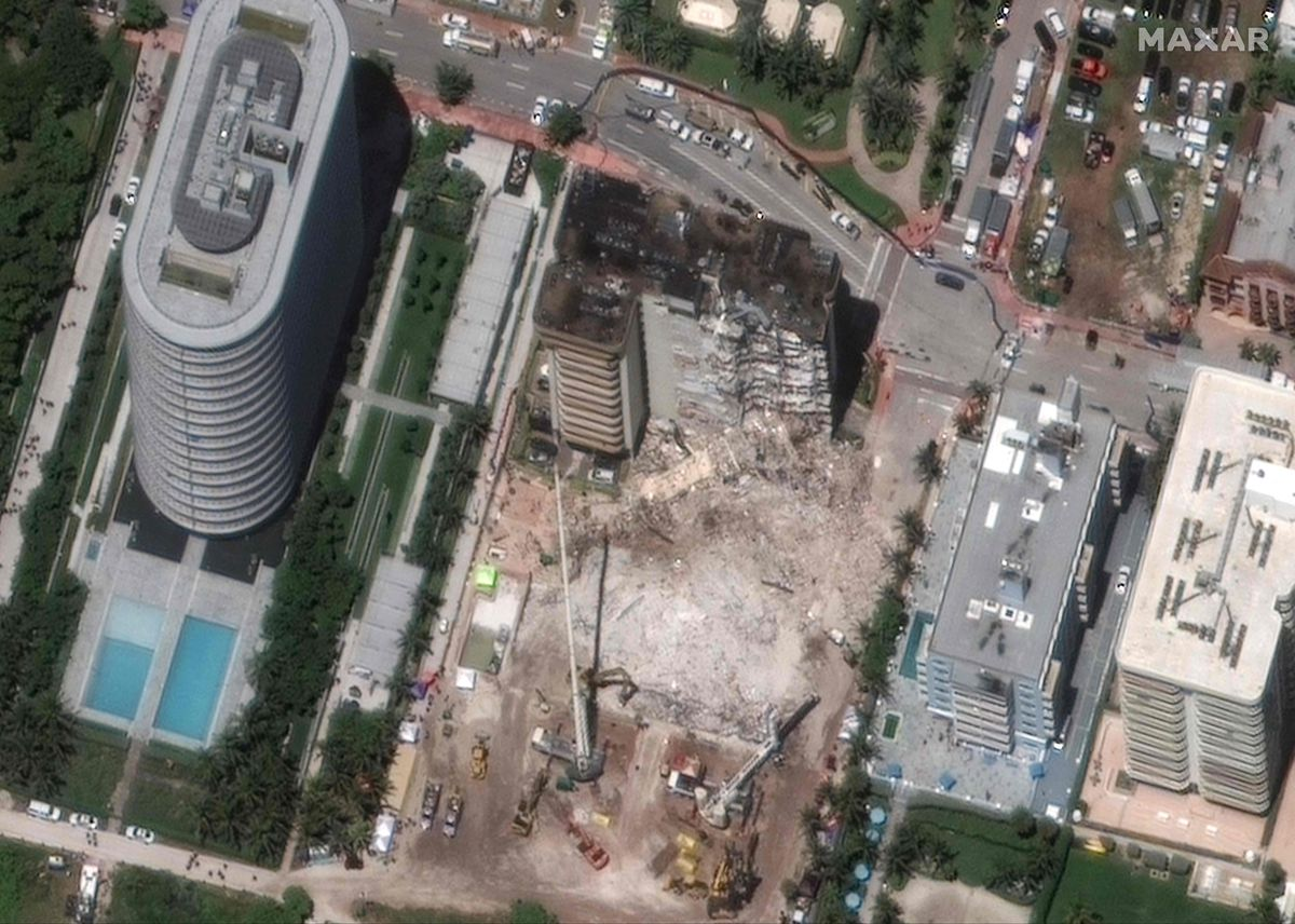 El huracán Elsa resuelve planes para demoler los restos de Miami |  Internacional
