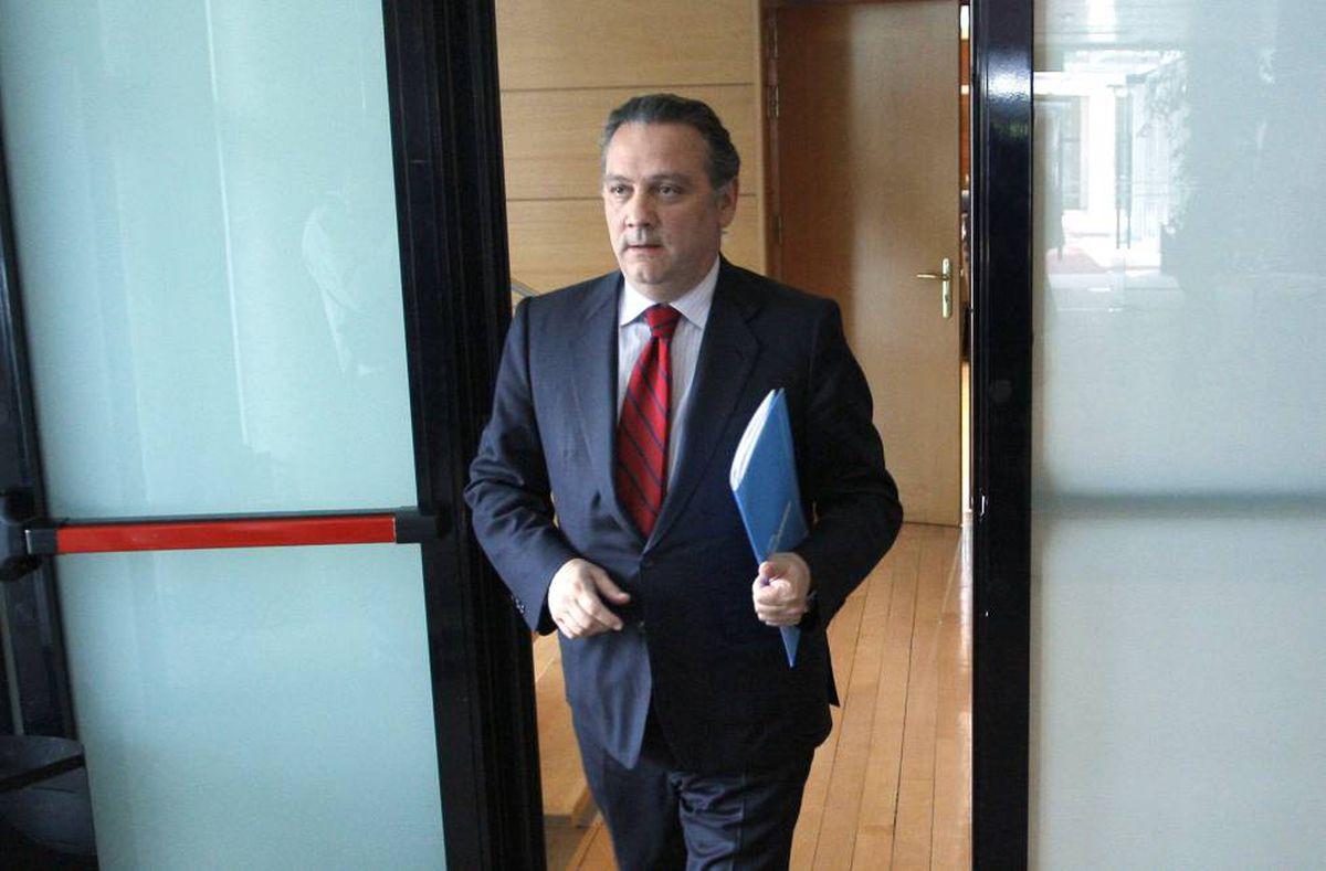 El juzgado nacional envió a otro asesor de Aguirre y un exasesor de Cospedal  España