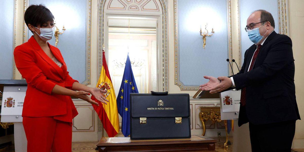 El nuevo gobierno prepara mejoras en Cataluña y propone un diálogo para desbloquear temas pendientes  España